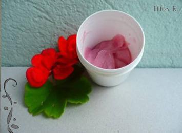 Crème visage rose au géranium