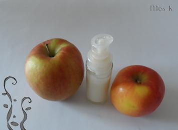 Creme für Mischhaut mit Apfel