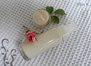 Crème visage rose: peaux mixtes à sèches